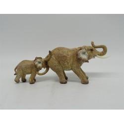 BABY & MUM ELEPHANTS